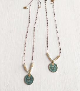 Collar nudo rosario