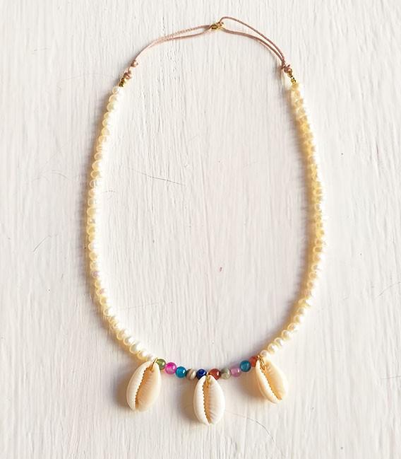 Collar perlas conchas