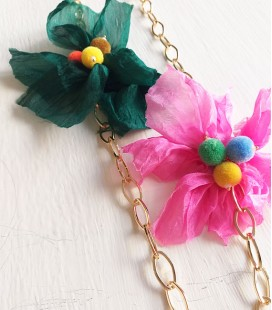 Collar flowers